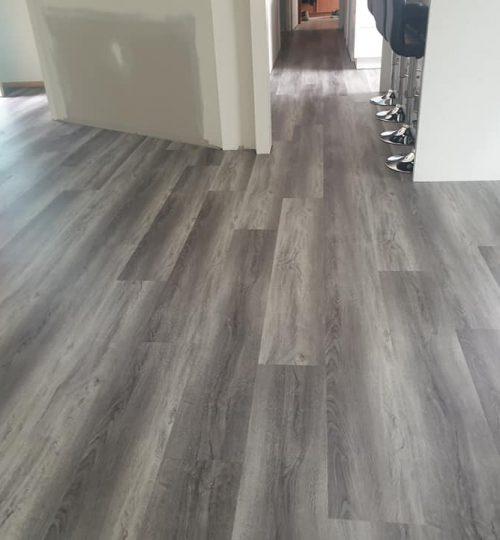 luxury hybrid-vienna-carpet connect-installation-kitchen