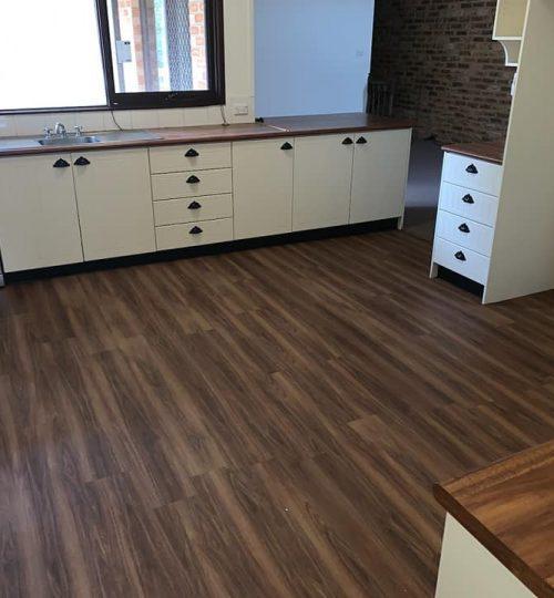 vinyl planks-carpet connect-installation